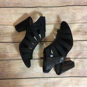 Aerosoles strappy Heels